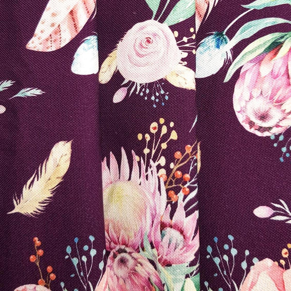 "Canvas ""Garden of Protea"" aubergine Meterware"